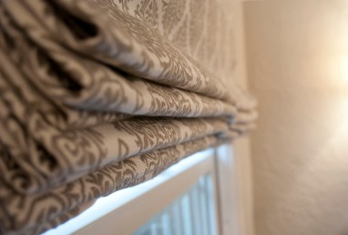Roman blinds with form and function