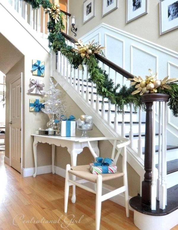 Новогоднее украшение лестницы в доме | Фото красивых ...