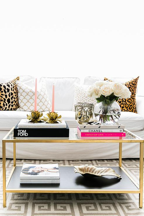 decorating tips, coffee table decor, how to decorate, how to decorate your coffee table, decorating budget, how to buy decor accessories