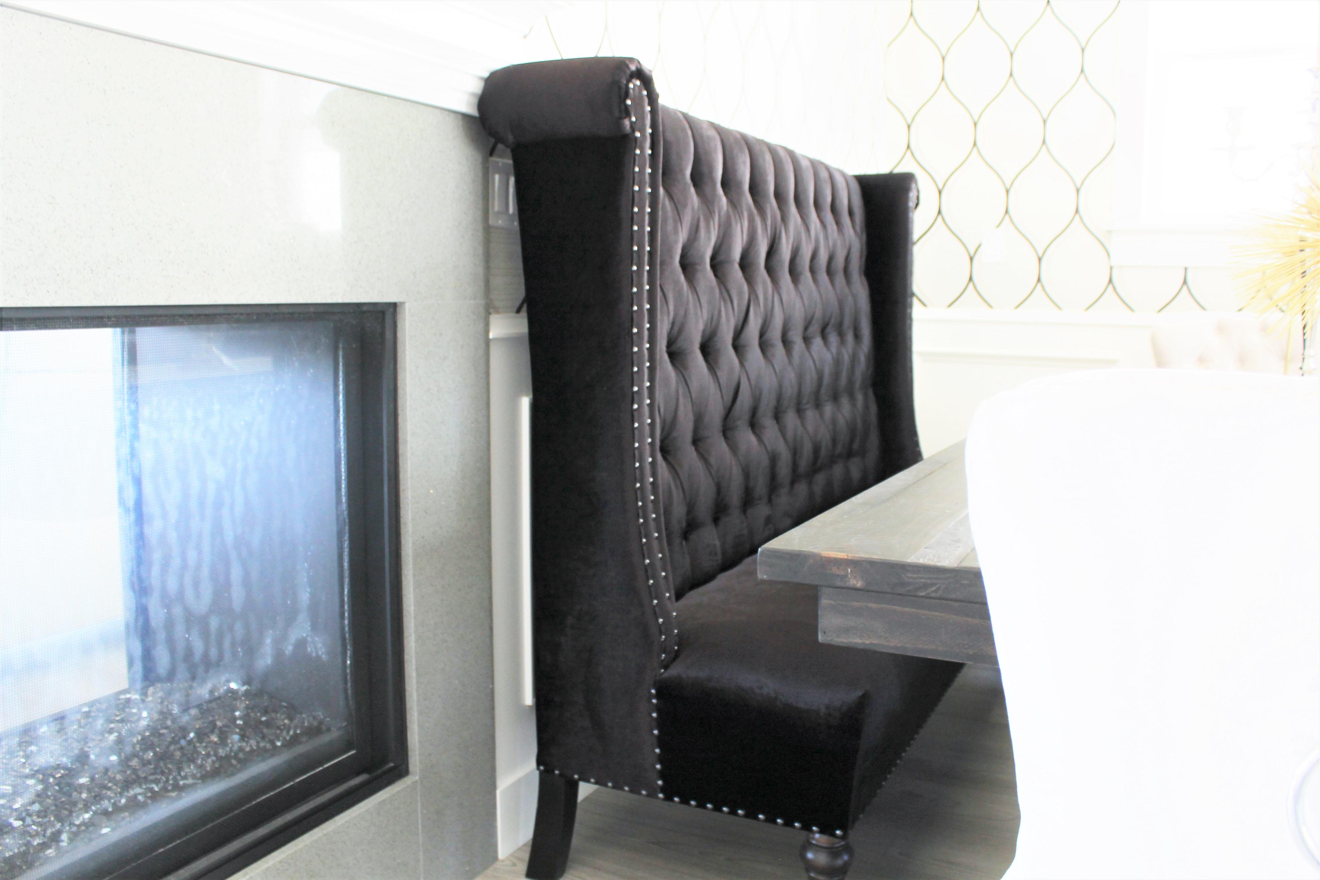 glam dining room. interiorloveaffair.co
