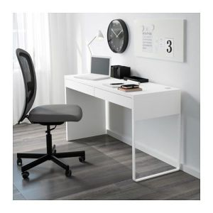desks with cord management