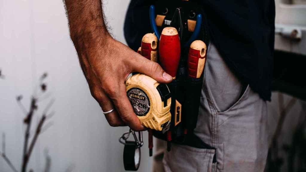 Gereedschap gids: 20 hulpmiddelen die je nodig hebt voor verbouwingen