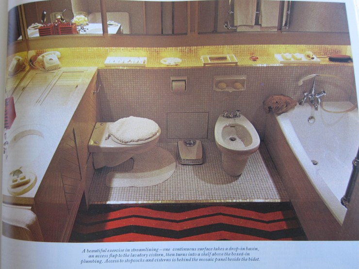1970s Bathroom
