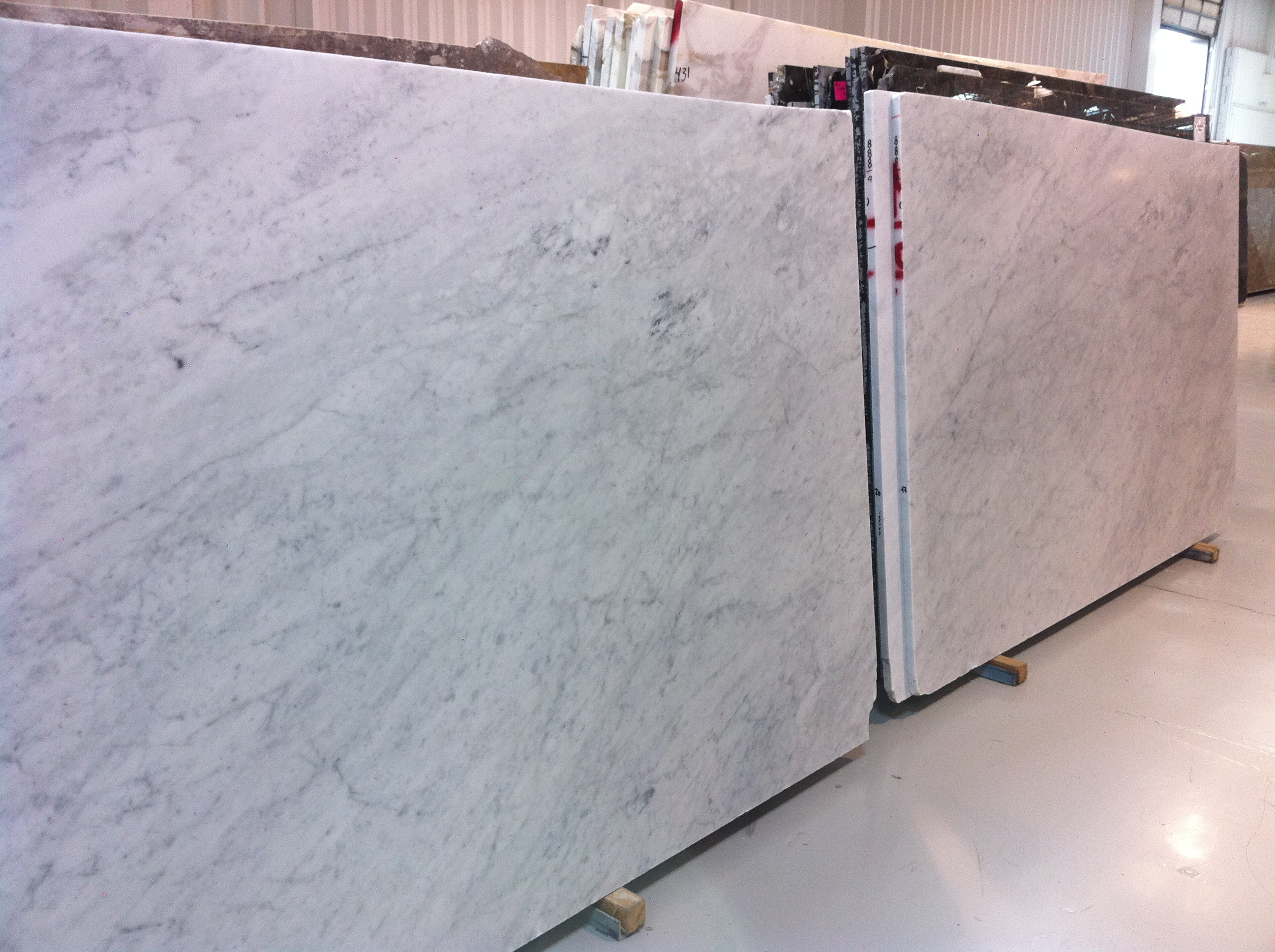- What Looks Good With Carrara Marble?