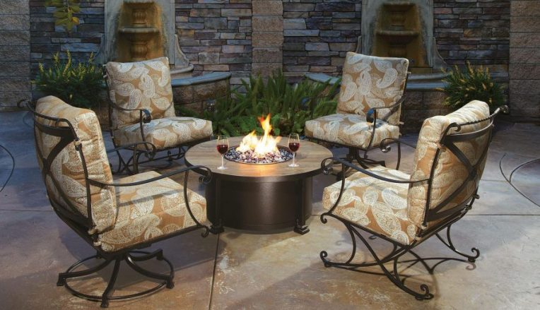 47 Best Commercial Outdoor Furniture   Page 3 of 5   InteriorSherpa Metal Frame Outdoor Furniture Set