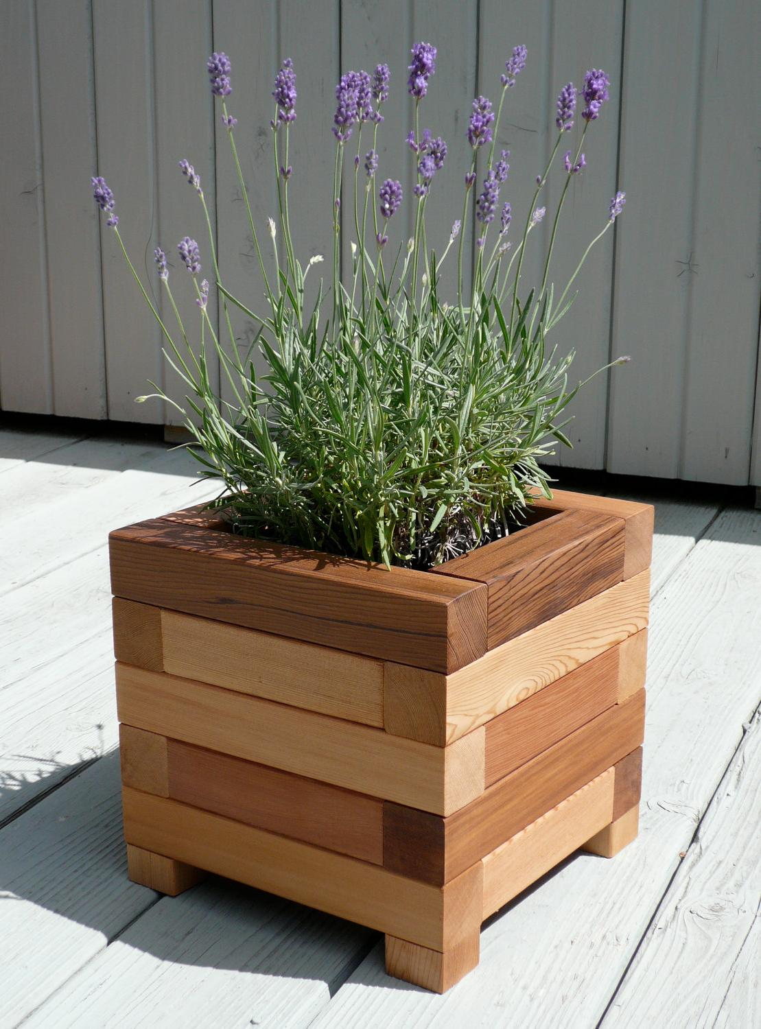 25 Wooden Plant Stands Ideas That Will Add Style To Your ... on House Plant Stand Ideas  id=34347