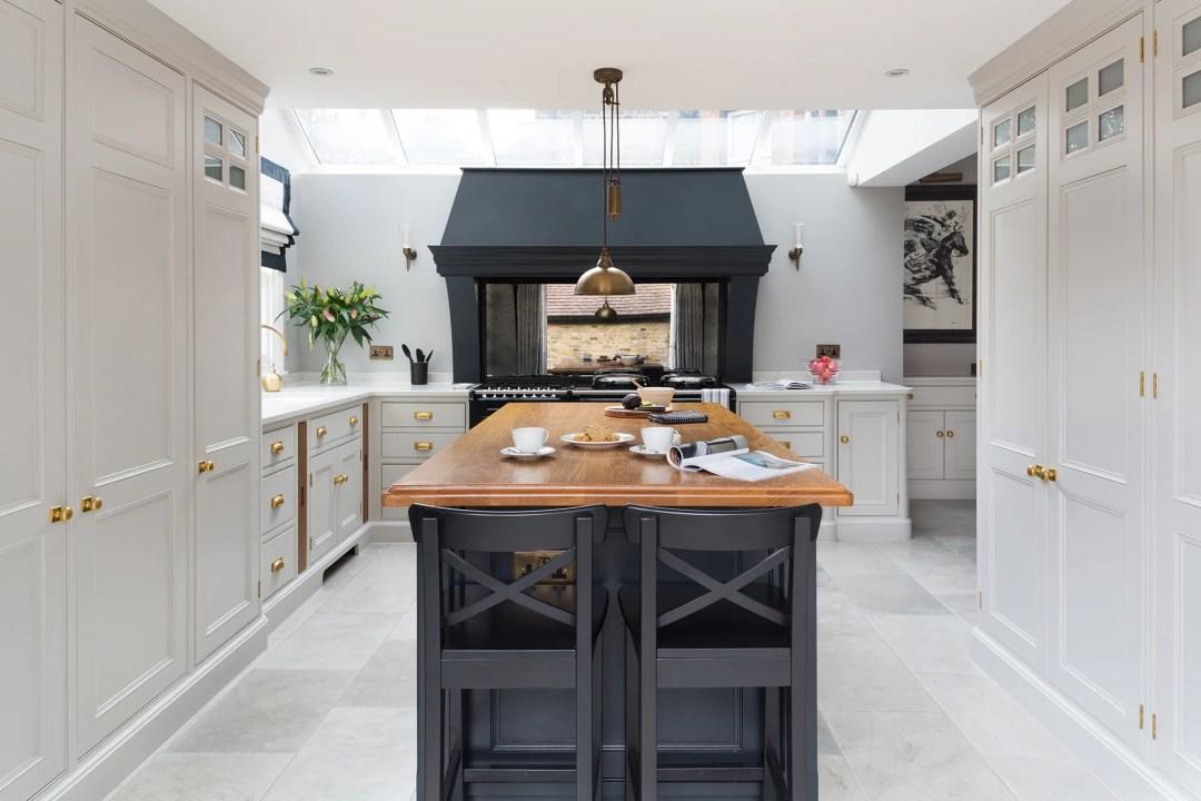 Luxury Bespoke Blackheath Kitchen - Humphrey Munson Kitchens 1