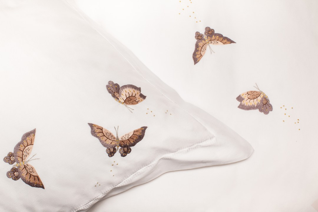 Sophie Paterson linen collection with Vis a Vis_photography by Amandine Alessandra_2