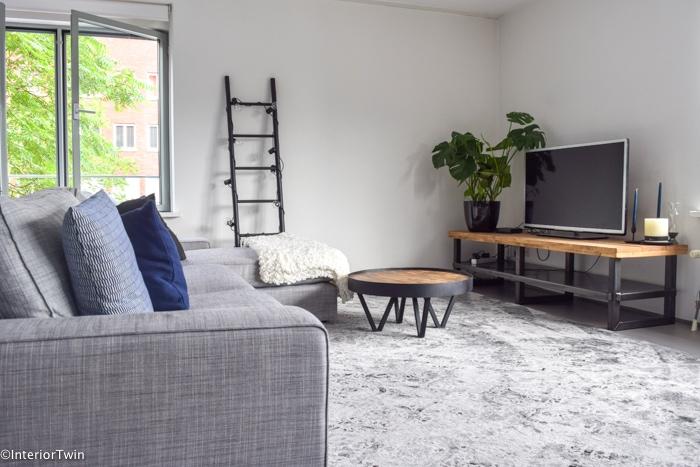 stoer industrieel tv meubel van hout en staal