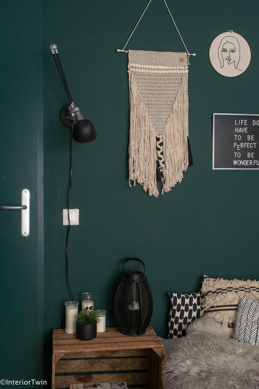 stoere-industriele-lamp-met-quiet-clearing-muurdecoratie-modern