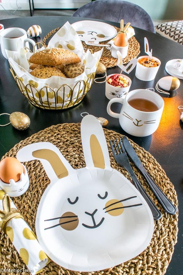 pasen konijn bord servies broodmandje tafelstyling