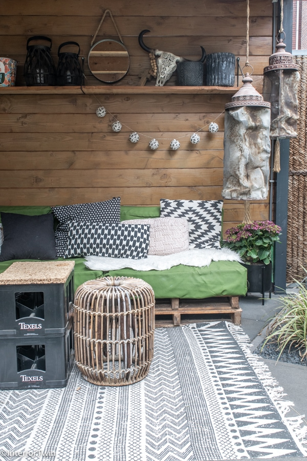 loungeset beschermhoezen of andere manieren beschermen tegen regen