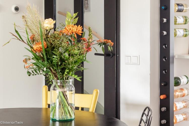 bos bloemen in huis
