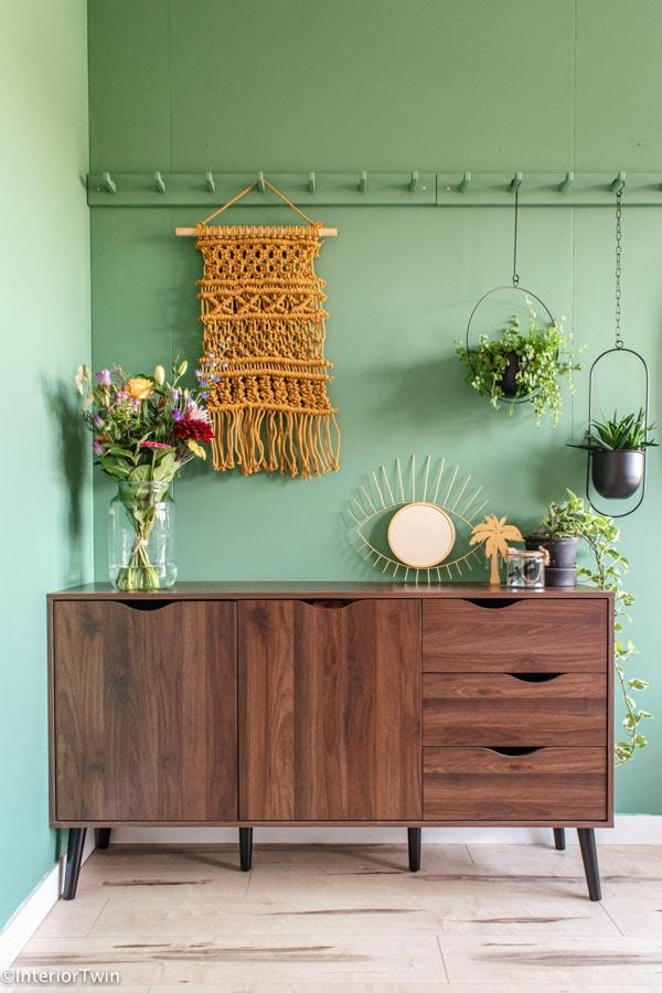 dressoir bos bloemen decoratie