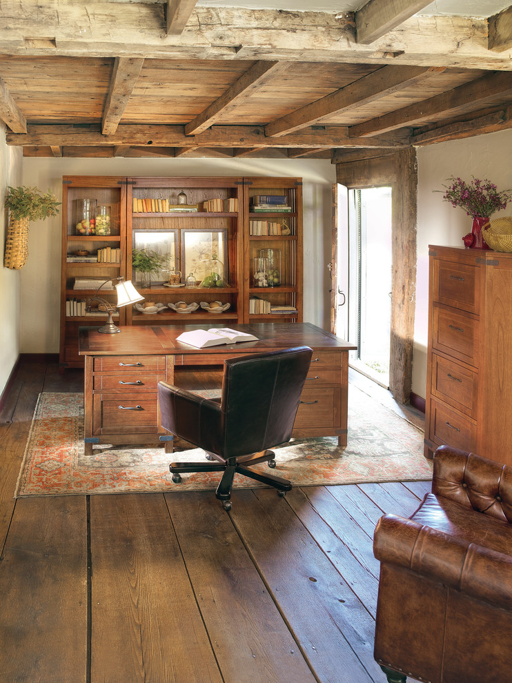 Cool And Classic Rustic Home Office Designs - Interior Vogue on Rustic Traditional Decor  id=85327