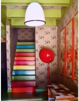 Photo: http://kitschnfactory.blogspot.dk/2011/11/personnaliser-son-escalier.html