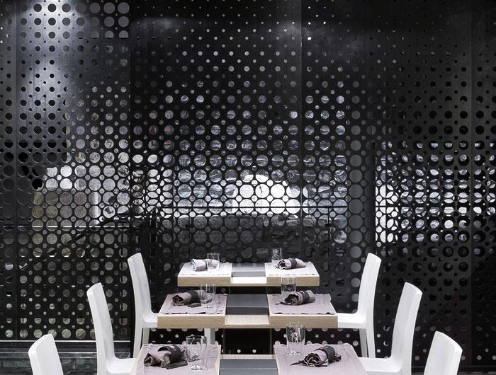 Unique Restaurant Decor