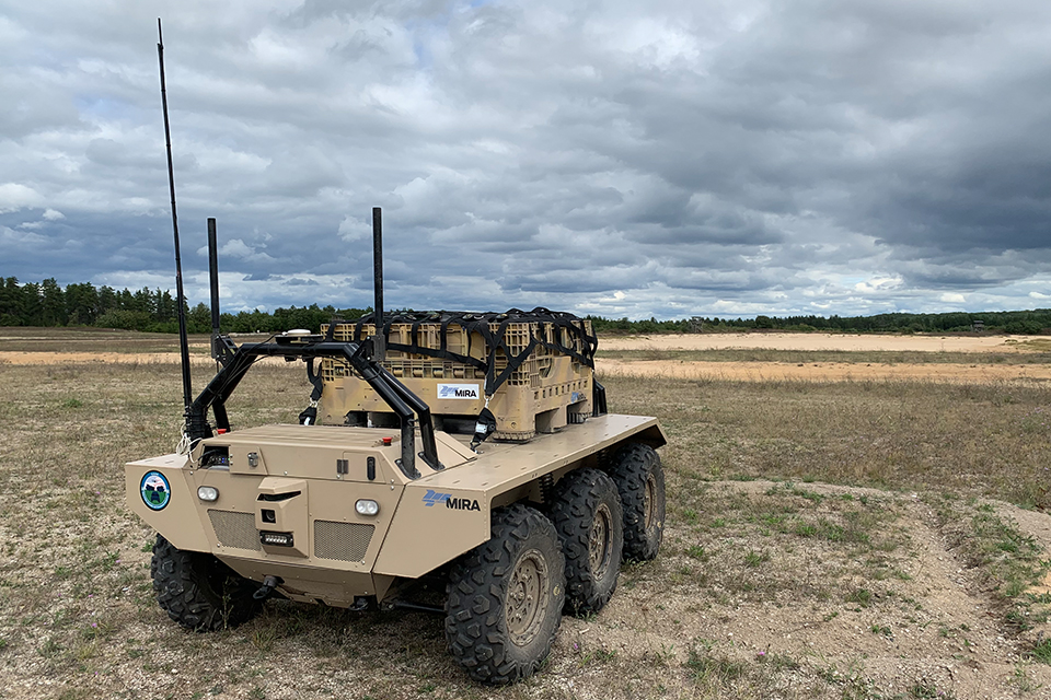 US-UK tech coalition tests autonomous delivery of logistic convoys