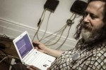 Fundador del software libre: Los móviles habrían sido el sueño de Stalin