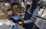 Algunos economistas en Japón piden subir el impuesto al consumo a más de 20 %