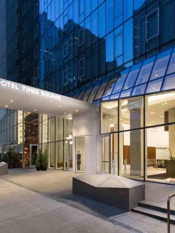 AC Hotel in Times Square installs Boon Edam revolving door
