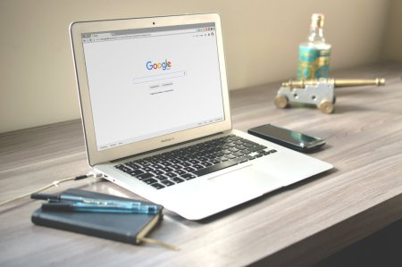 [ #OFFREDEMPLOI ]  Nous sommes à la recherche d'un(e) consultant(e) en #WebMar...
