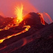 Quakes, eruptions prompt closure of Volcanoes National Park on Hawaii Island