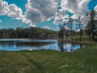 Starting the loop around Sylvan Lake