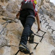 Between a rock and a high place: Facing down a 300-foot drop in Colorado's Rocky Mountains