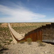 Border wall construction brings crowds, and COVID-19 anxiety, into Arizona towns