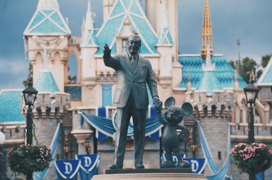 Walt Disney and Mickey Mouse Statue-internet-bull-report-$dis