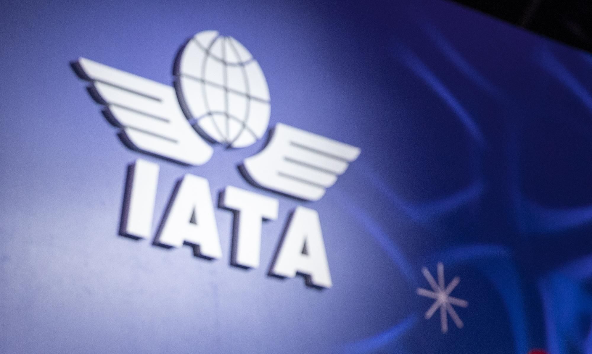 IATA-United-Airlines-recommendations-air-travel-internet-bull-report