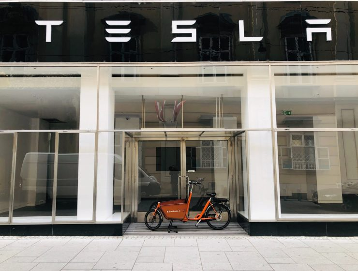 tesla-$tsla-elon-musk-EV-electric-vehicles-internet-bull-report