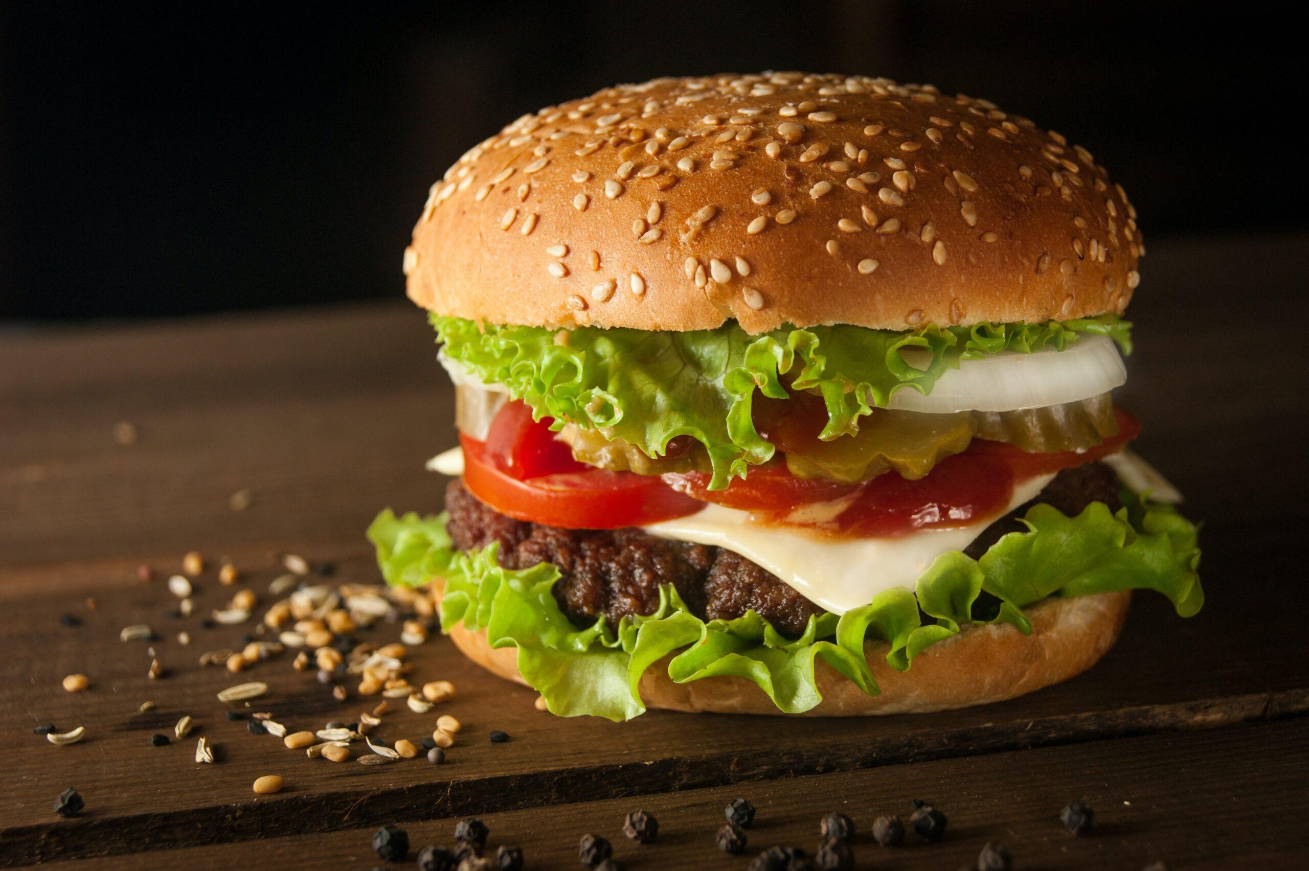 BURGER-FOOD-MEAT-INTERNET-BULL-REPORT