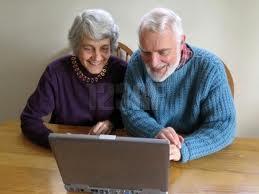 Adultos mayores, un público cada vez más conectado a la internet