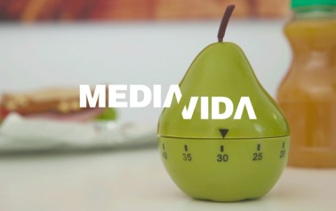 Vídeo: Comer en media hora para ganar media vida