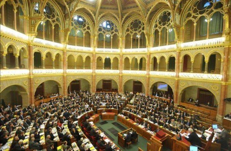 Kvótareferendum – Az Országgyűlés elrendelte a népszavazást