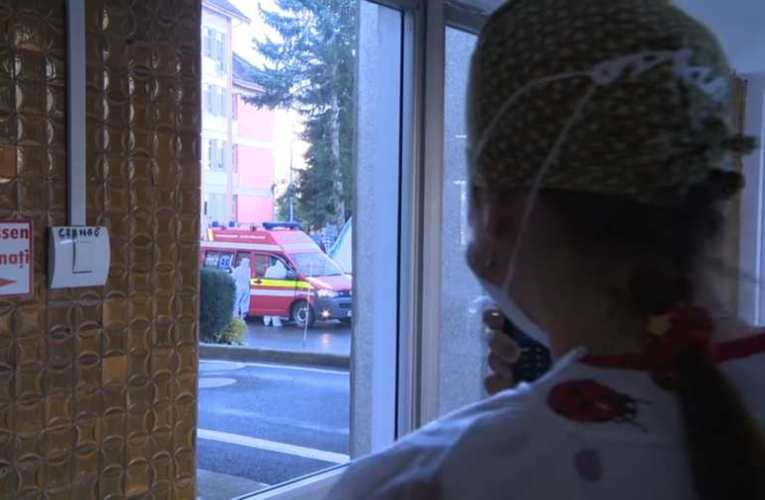 Vírustagadók figyelmébe: egy nap a székelyudvarhelyi háttérkórházban 📺