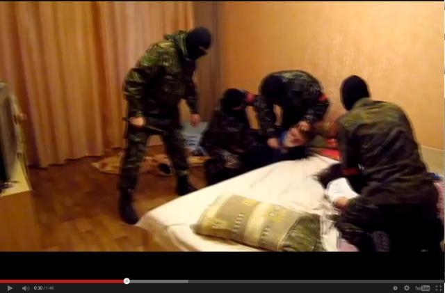 """A """"Jobb Szektor"""" fegyveresei leszámolnak Donyeck rendőr-főkapitányával"""