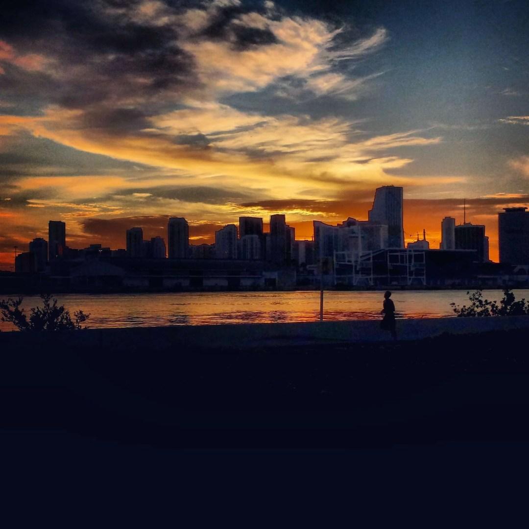 On Track Marketing Models and Photography Internet Marketing Orlando