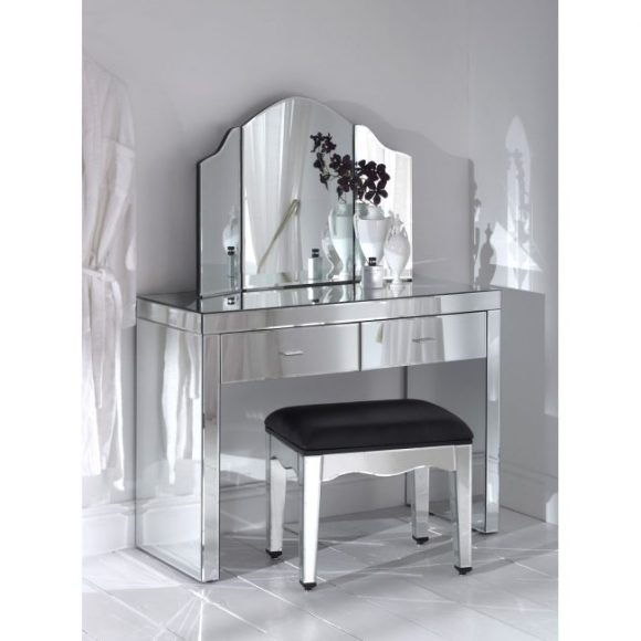 Mirrored-Bathroom-Vanity-Ideas