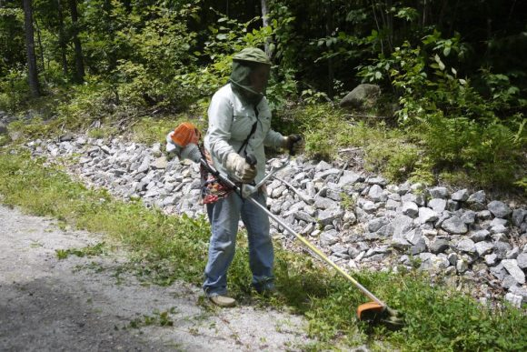 Protecting-Yourself-during-Weed-Whacking