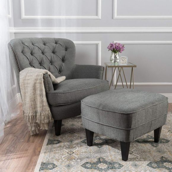 Classic-Upholstered-Armchair-for-Reading