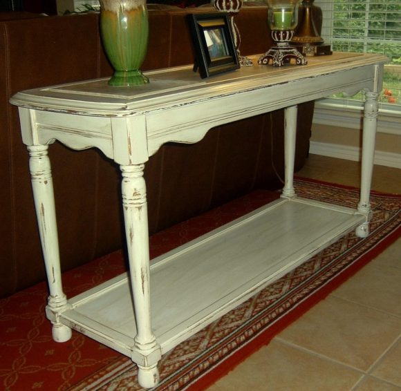 Give Your Sofa Table a Rural Touch