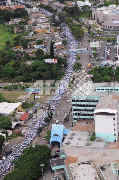 Tegucigalpa-demonstration-20090722
