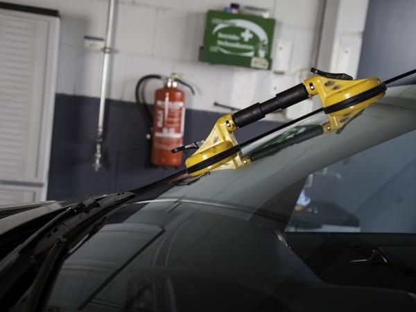 AGN automobilių stiklai ir jų remontas