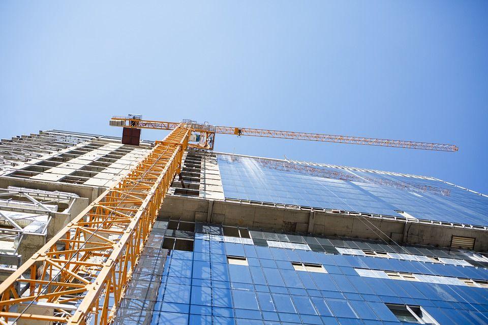 Komerciniai ir gyvenamųjų patalpų statybos darbai