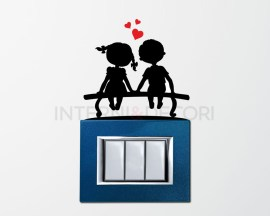 Mini sticker murale-bimbi su una panchina