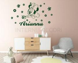 Adesivo murale con nome-in mezzo ai fiori-Adesivo da parete Minnie