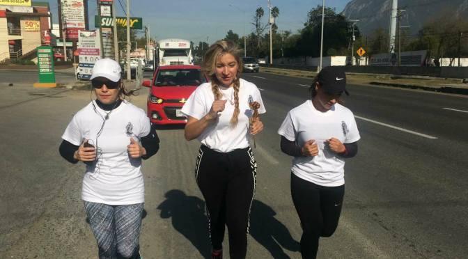 En estos momentos sale la Rosa de Plata de la Basílica de Monterrey hacia la Parroquia Nuestra Señora de Guadalupe de Allende,N.L.